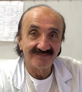 Dott. Pino Sergi è specializzato in Chirurgia Generale e Endocrinologia